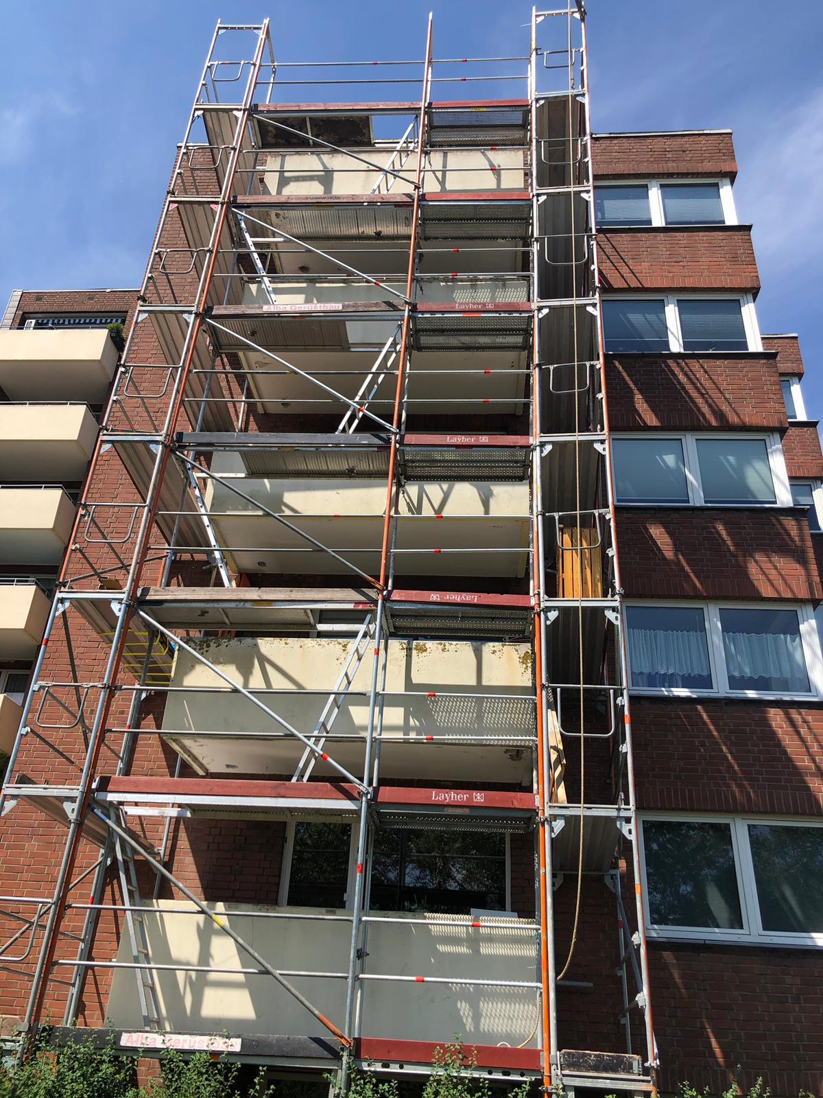 Balkonsanierungen in Duisburg – Flüssigkunststoffabdichtung und neue Abflüsse für die Balkone